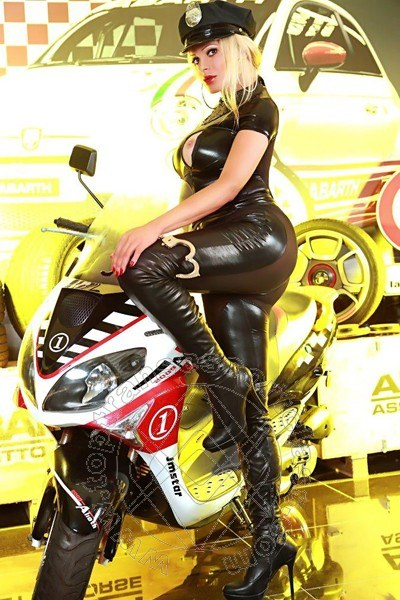 Transex Escort Milano Channel Fashion